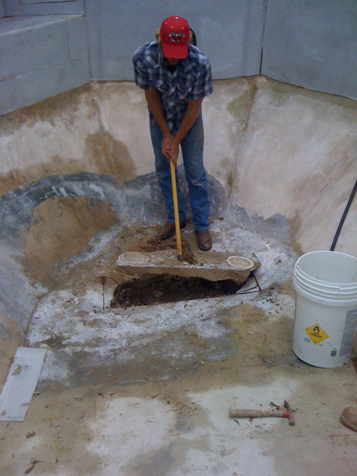 Main Drain Repairs Caltech Pools 818 436 2953