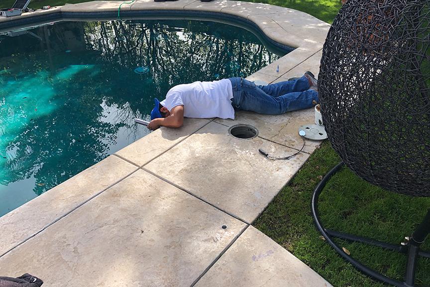 Self Cleaning Pool Leak Caltech Pools 818 436 2953